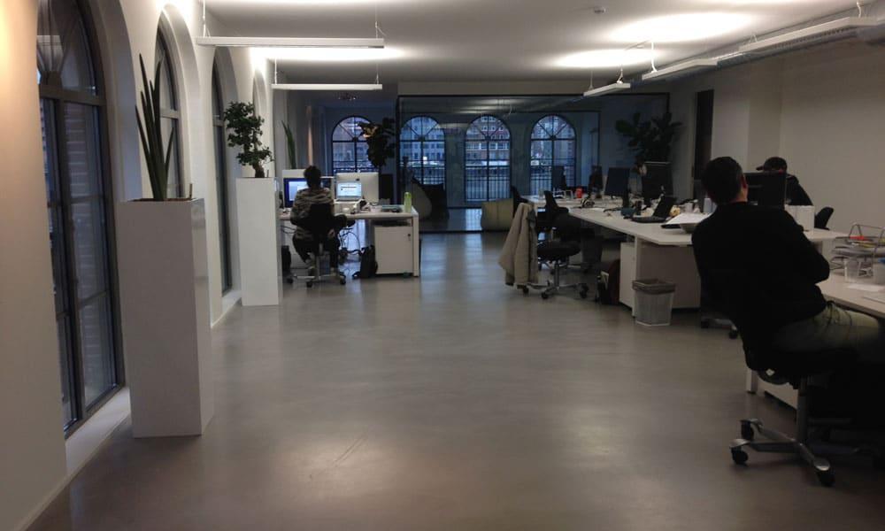 cementgebonden gietvloer kantoorruimte