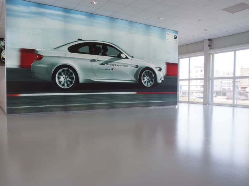 epoxyvloer showroom auto